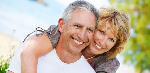 Wills & Trusts happy-couple Estate planning Direct Wills Strand